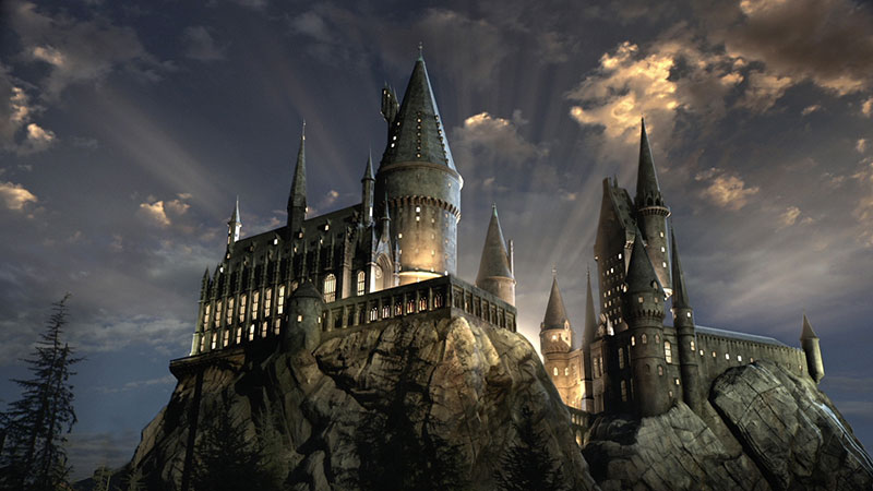 Hogwarts-Castle-lights-WWoHP-at-USH