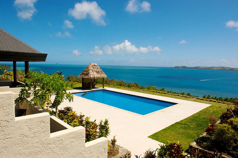 Vacationsmag_Villa-Vanue-Fiji-Poolside
