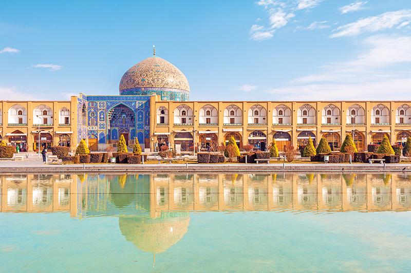Vacationsmag_Iran