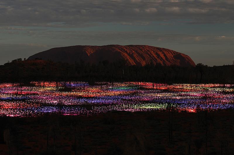Vacationsmag_Field_of_Light_Uluru