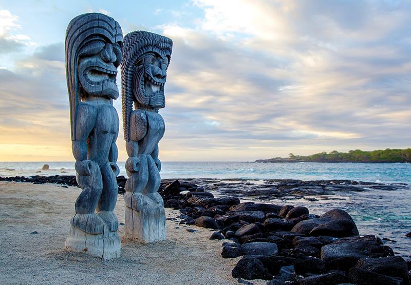 Vacationsmag_Hawaii_shutterstock_124772626