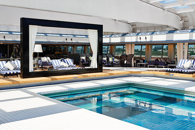 Vacationsmag_Pacific-Aria-Lido-Pool-Deck