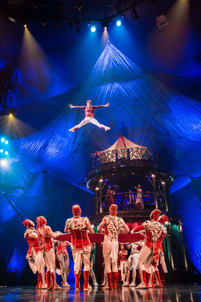 Cirque-du-Soleil_KOOZA_Photos-Matt-Beard-Costumes-Marie-Chantale-Vaillancourt-2012-Cirque-du-Soleil_03_Charivari_138_LR