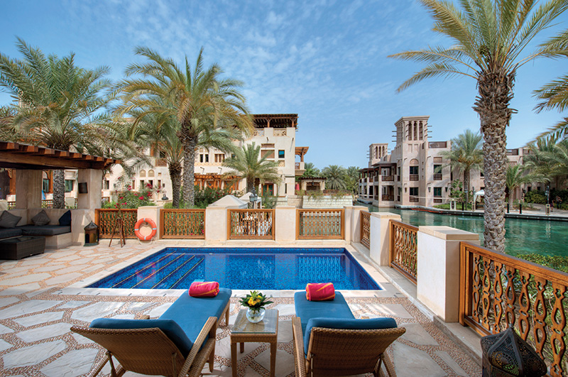Vacationsmag_Madinat_Jumeirah_-_Malakiya_Villa_-_Pool_2