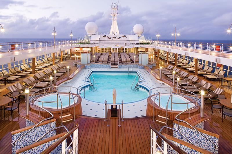Vacationsmag_Seven_Seas_Voyager_VOY_PoolDeck03-(2)