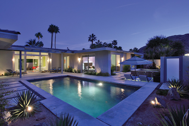 Vacationsmag_Palm-Springs-Arch-2