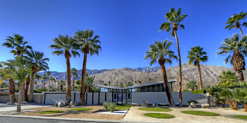 Vacationsmag_Palm-Springs-Arch-4