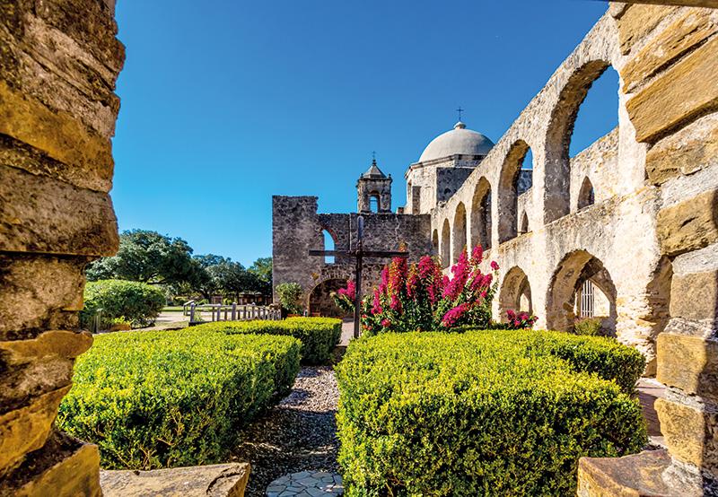 Vacationsmag_San-Antonio-Mission-San-José-y-San-Miguel-de-Aguayo