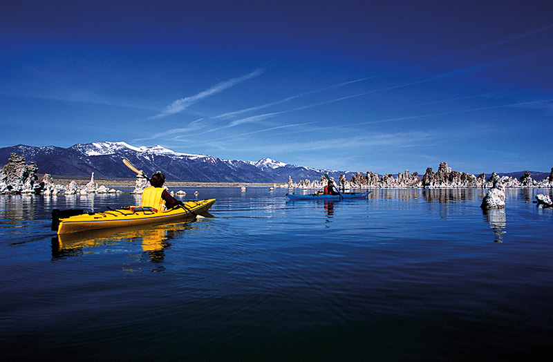 Vacationsmag_mammoth_12_Stuart-Wilkinson_Mono-Lake_2