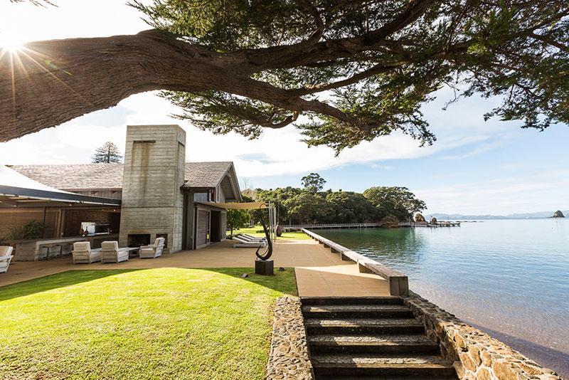 ml-day-outside-boathouse-2