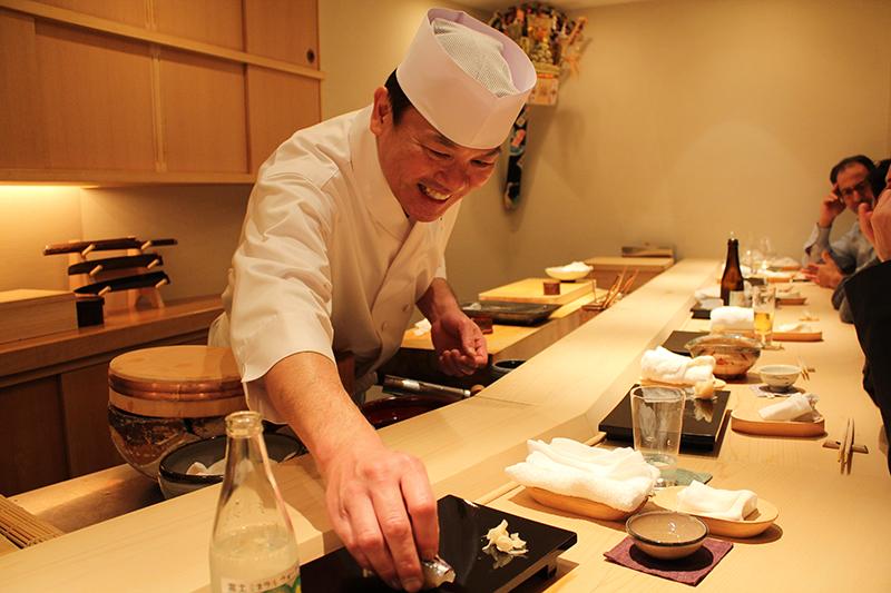 Master sushi chef Masahiro Yoshitake, Tokya sushi restaurant, Sushi Yoshitake, Tokyo, Japan