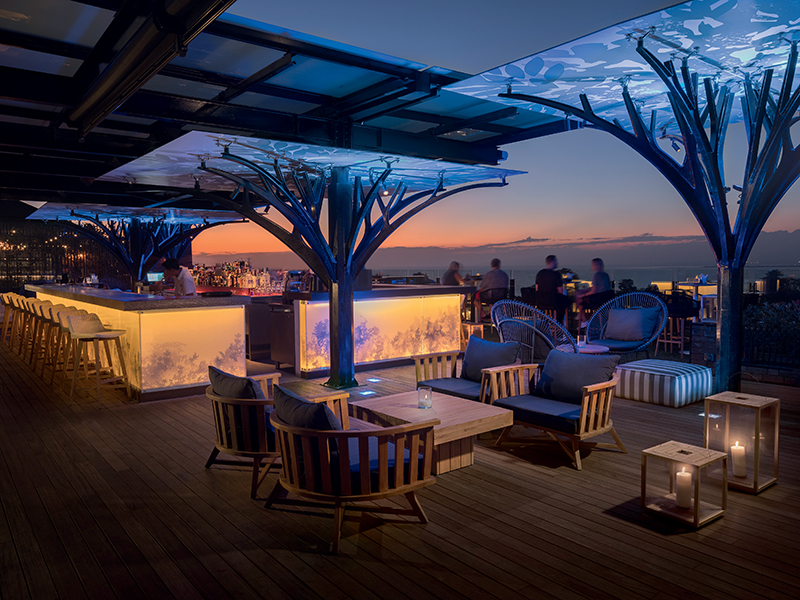Movenpick Jimbaran Bali Rooftop Bar