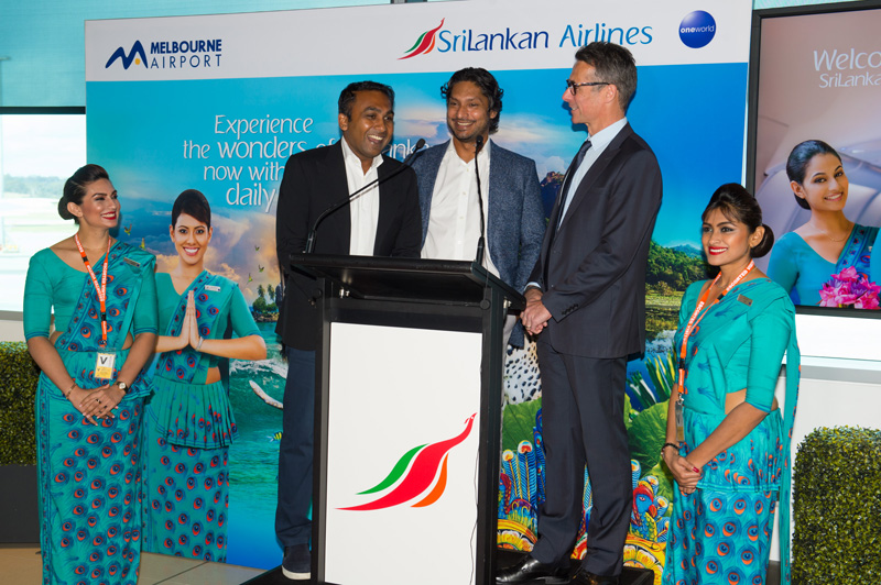 SriLankan Airways, Mahela Jayawardena, Kumar Sangakkara, Melbourne Airport
