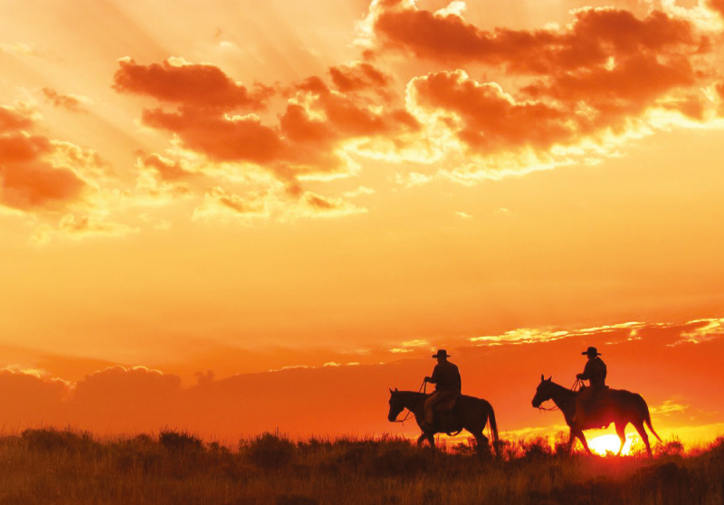 Horseback riding, dude ranches, Wyoming