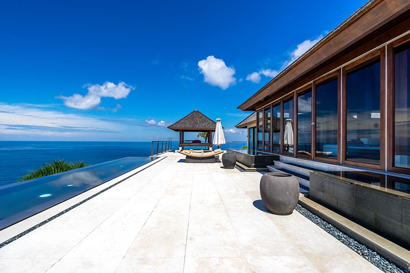 106_hu_edge_The-View-Terrace-@theEdge.jpg