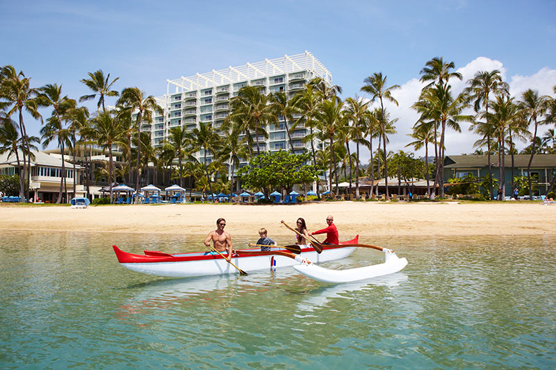 Kahala Resort & Spa, The Kahala, Family fun in hawaii, Outrigger canoes in Hawaii, Oaha holidays, family friendly holidays in Waikiki