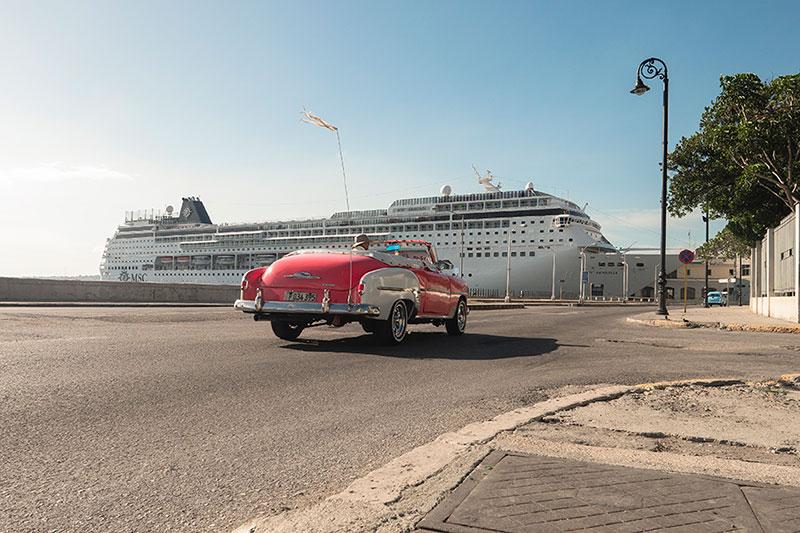 MSC Cruises,MSC Armonia,