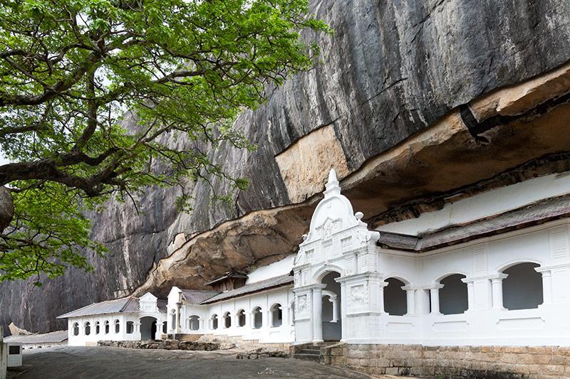 Dambulla Cave Temple, Dambulla, Sri Lanka, Travelbay Tours of Sri Lanka