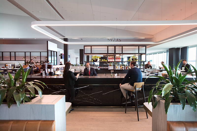 Business-Lounge-bar-2.jpg