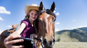 Regional-image-horse-and-girl.jpg