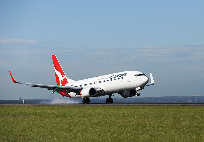 Qantas offers frequent flyers double status credits