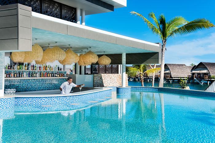 Fiji Marriott Resort Momi Bay: premium overwater villas