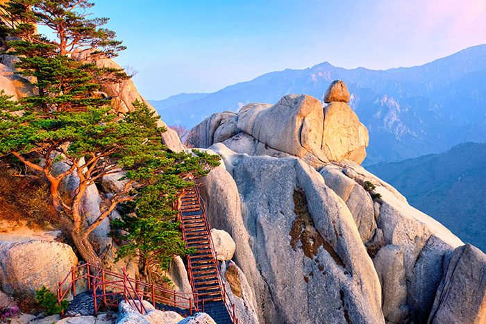 Why South Korea is Asia's undiscovered gem you need to visit. Image: Seoraksan-National-Park