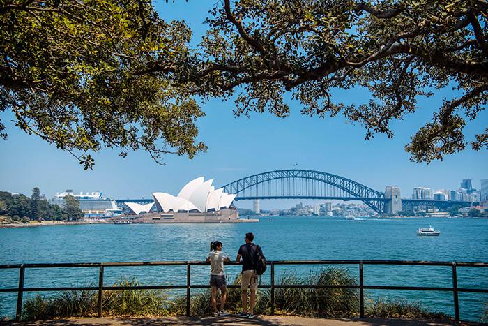 Bondi to Manly Coastal Walk. Image: Destination NSW