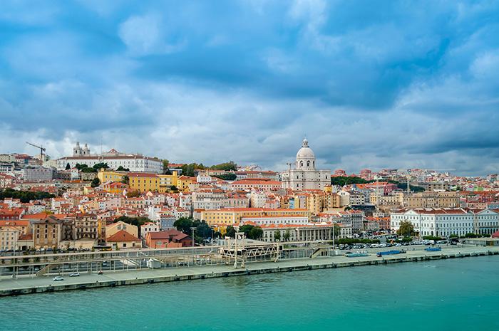 Qatar flights to Europe: Lisbon