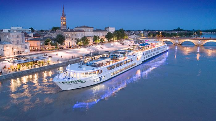 Uniworld River Cruises SS Bon Voyage Bordeaux