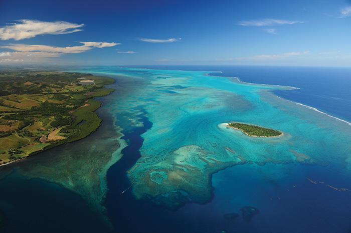 New Caledonia: Green Island. Image: M. Dosdane - NCTPS