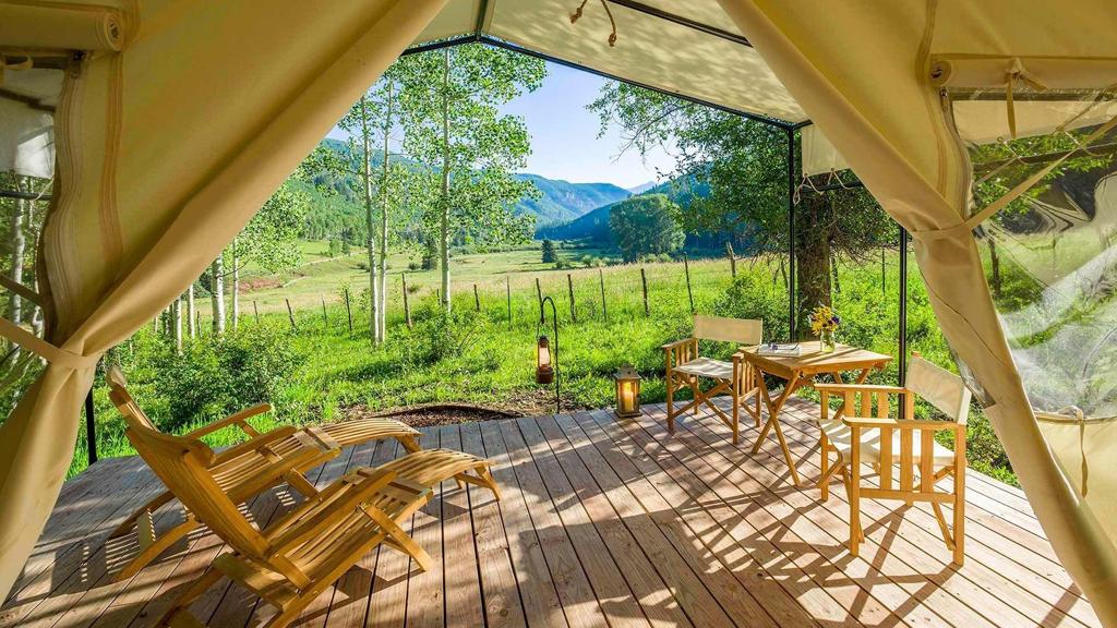Off-grid vacations in Colorado: Dunton River Camp