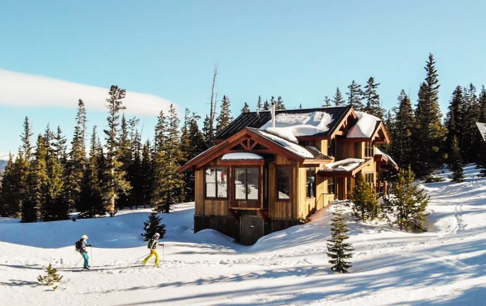 Off-grid vacations in Colorado: Summit hut