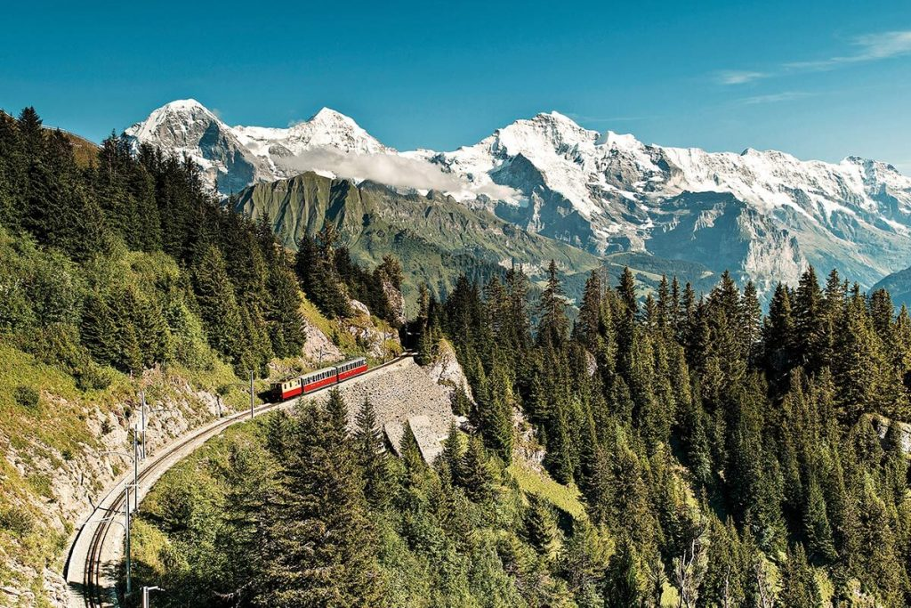 Switzerland's dazzling mountain scenery stars on any travels around the country