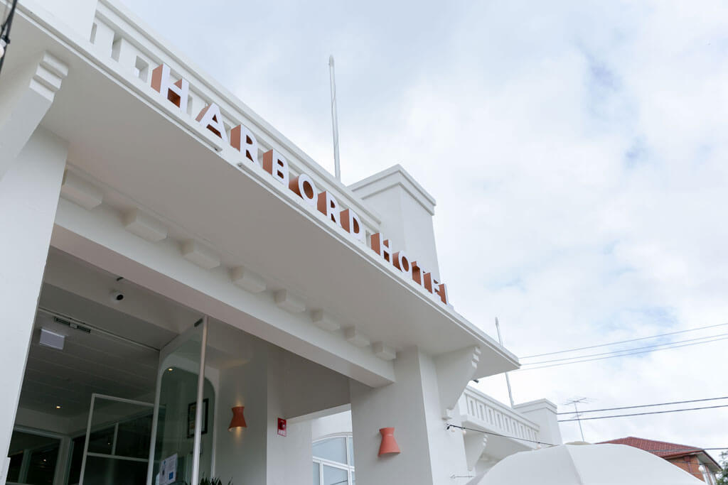 Harbord Hotel entrance