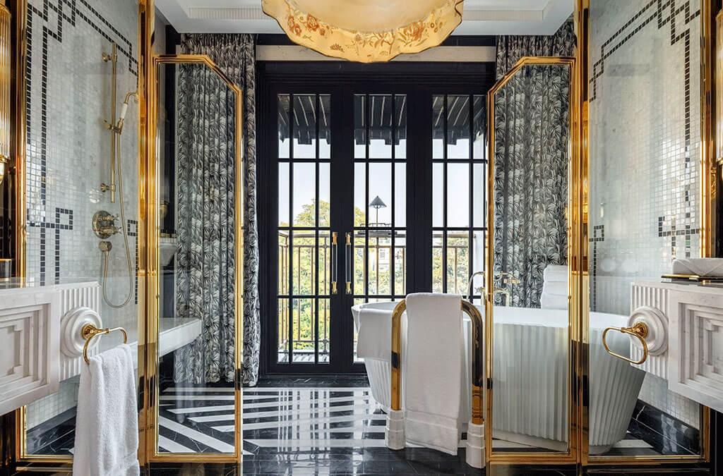 Grand Opera Suite Bathroom
