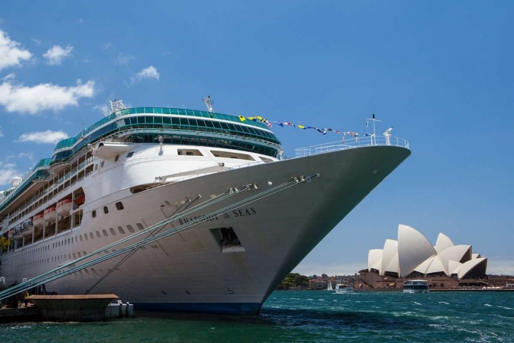 When will cruising resume in Australia © Royal Carribbean International
