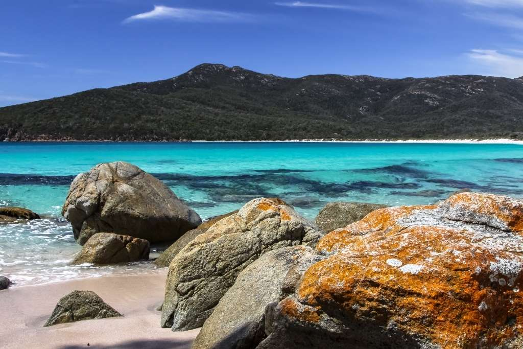 Air Newland is launching flights to Hobart © Canva
