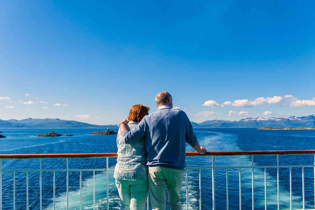 Attractions along the Norwegian coast: Risoyrenna onboard MS Richard © Agurtxane Concellon