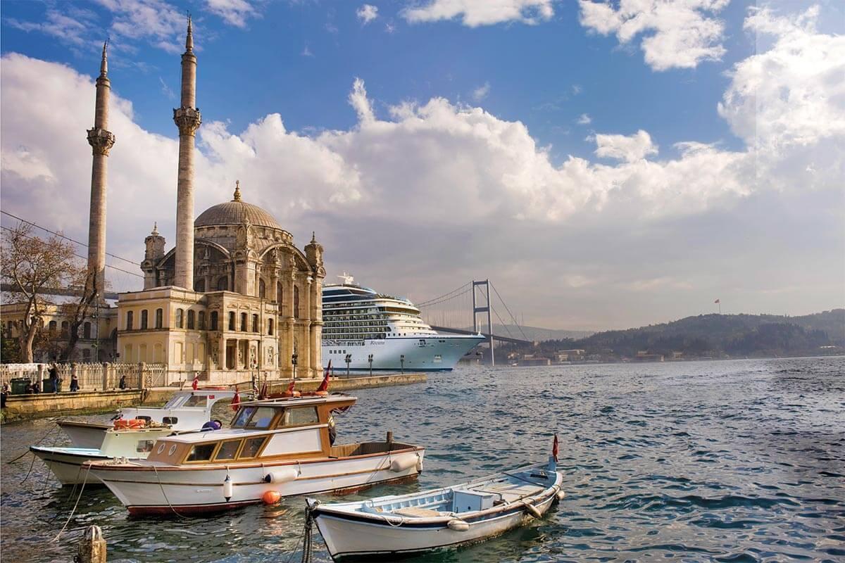 Oceania Cruises MS Riviera in Istanbul