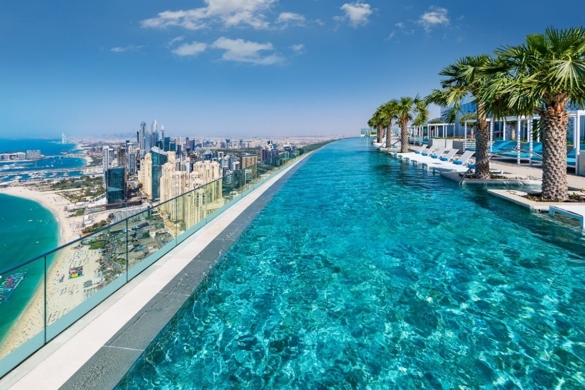 Address Hotel infinity pool