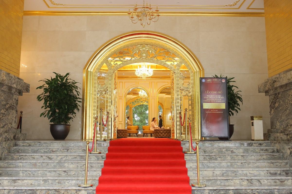 hotel de oro Vietnam