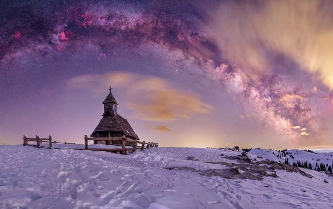 Milky Way Photographer of the Year 2021: Our Lady of the Snows – Uroš Fink