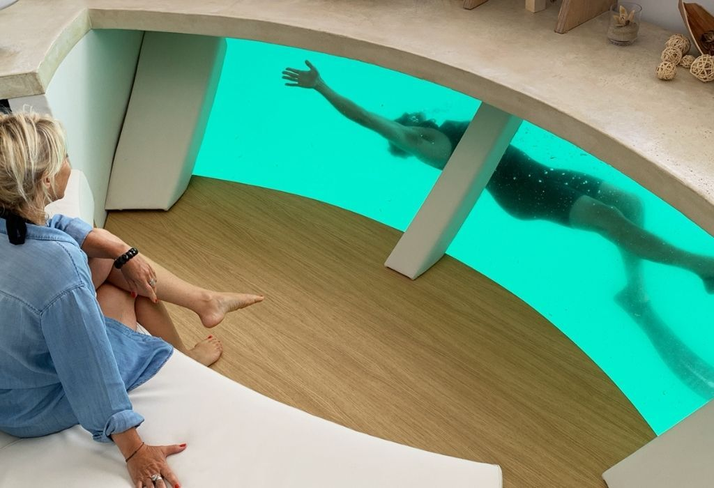 floating apartment