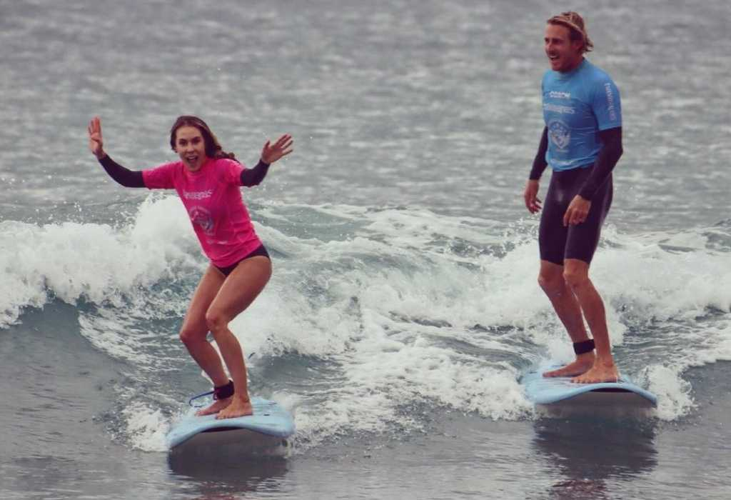 things to do in sydney - surfing lessons at Cronulla Surfing Academy